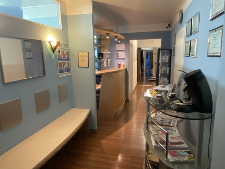 Gang in der Praxis für Physiotherapie und Osteopathie in Reisbach